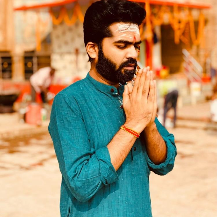 Silambarasan TR starts the year spiritually; Shares wishes from Kasi Vishwanath temple