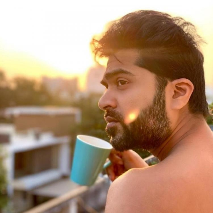Silambarasan TR has fans swooning over his shirtless photo as he flaunts toned body; Take a look