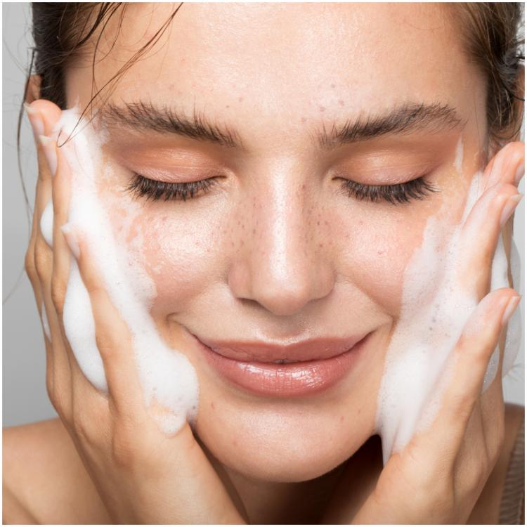 Beauty expert Shahnaz Husain explains why and how we should remove makeup at night