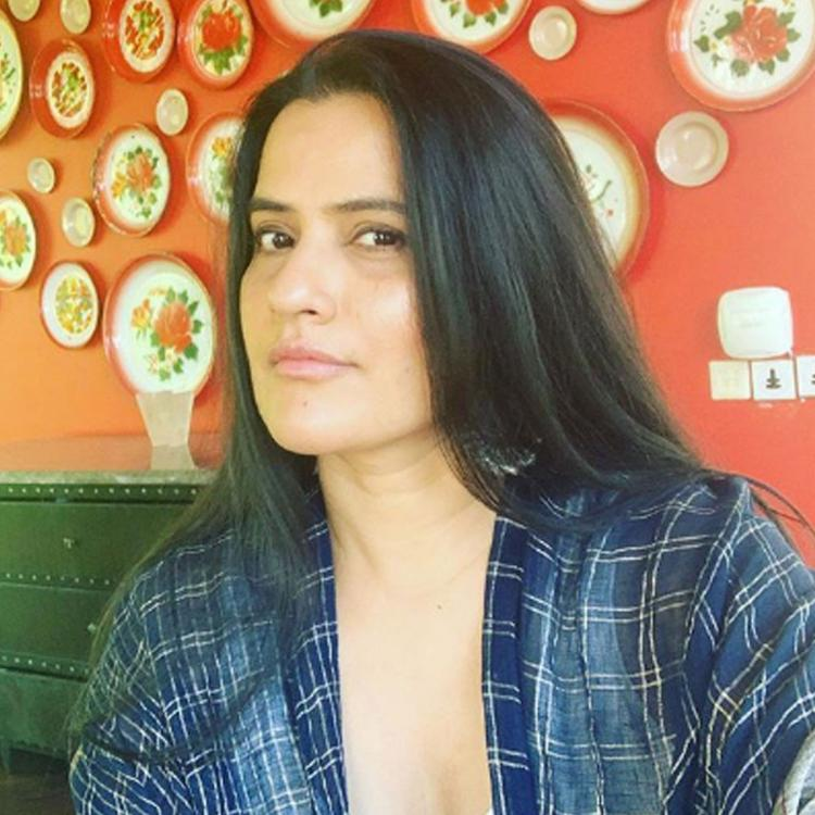 Sona Mohapatra shares right ways to smash the patriarchy; Talks about pay disparity, backing women directors