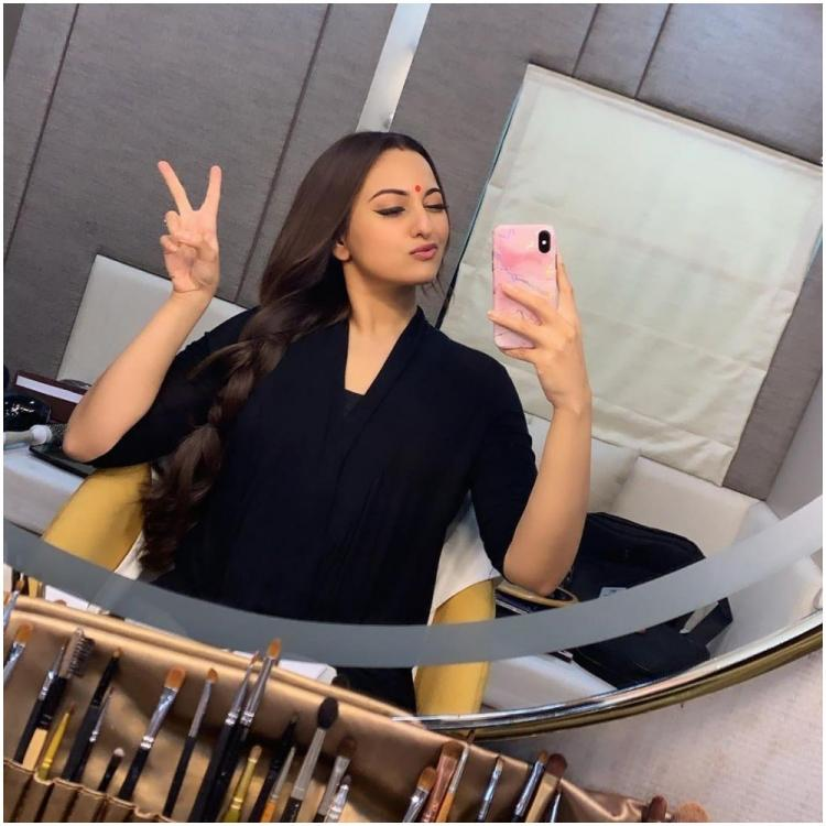 Dabangg 3: Sonakshi Sinha shares a mirror selfie as Rajjo from the sets of the Salman Khan starrer