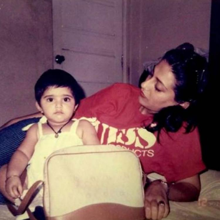 Sonam Kapoor looks cute as a button in this THROWBACK picture with mommy Sunita Kapoor