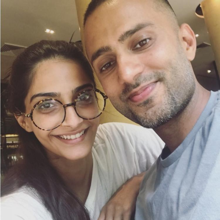 Sonam Kapoor relives the time when she started dating Anand Ahuja as Harshvarrdhan shares a glimpse of it