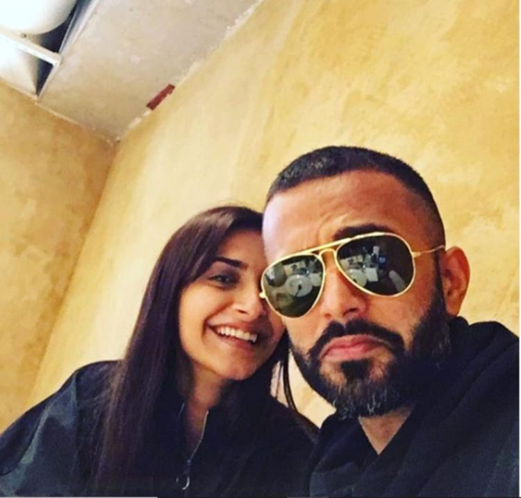 Sonam Kapoor's throwback PIC twinning with Anand Ahuja makes us miss all the fashion inspiration from the duo