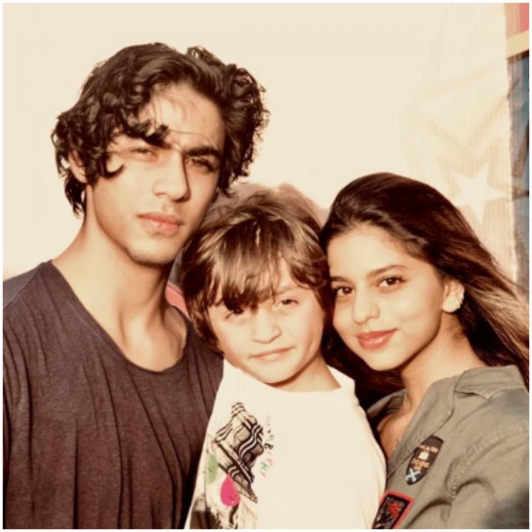 Shah Rukh Khan shares a picture of his trio of Sugar & Spice & everything Nice: Suhana Khan, Aryan & AbRam