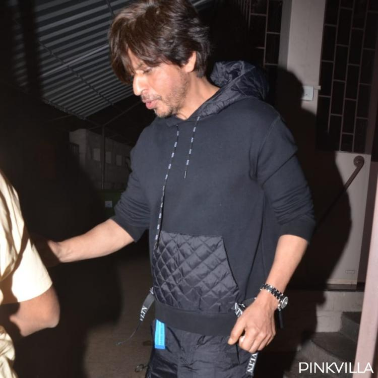 PHOTOS: Shah Rukh Khan gets clicked as he steps out of a dubbing studio in the city