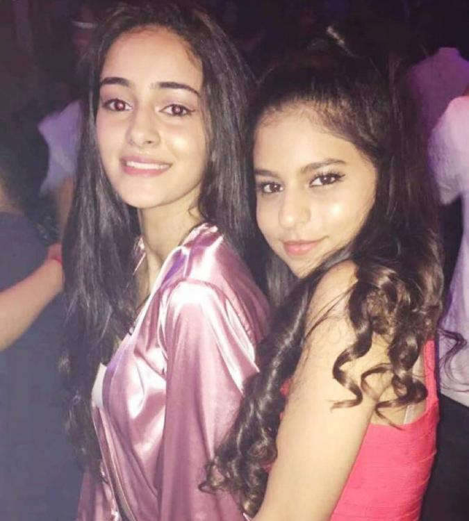 VIDEO: Ananya Panday and Suhana Khan bring the house down as they dance their hearts out