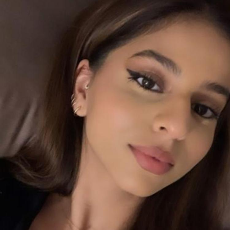 Suhana Khan shared two gorgeous selfies on Instagram