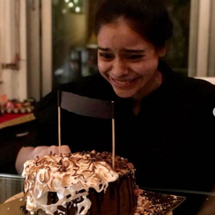 Sumona Chakravarti thanks everyone for their wishes & shares glimpses of her lockdown birthday celebrations