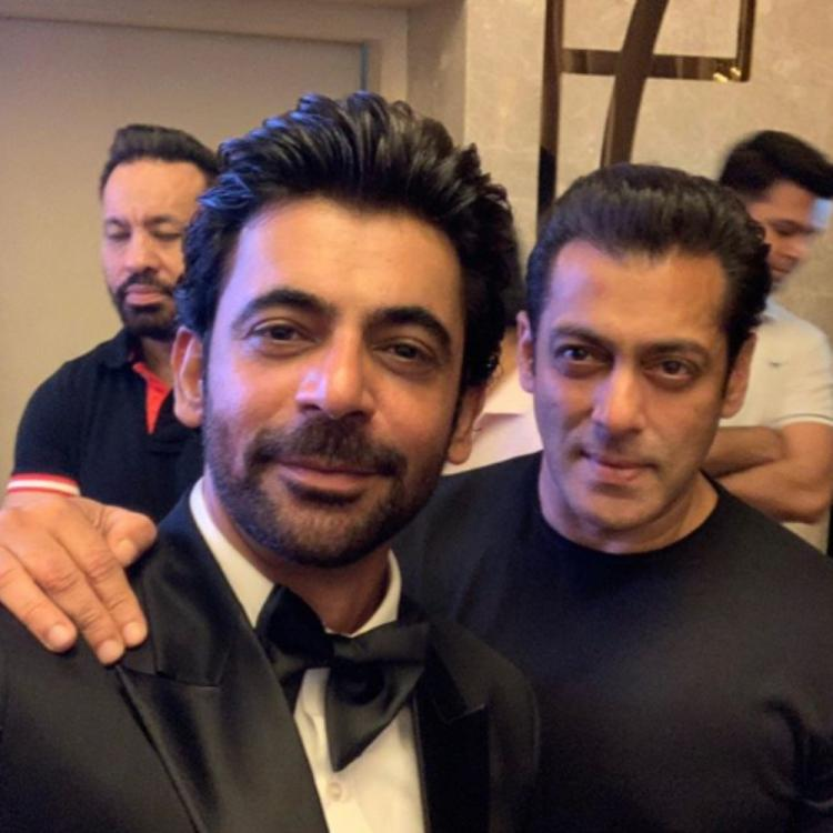 Sunil Grover gives a witty response to trolls slamming him for supporting Salman Khan; Terms them as 'paid'