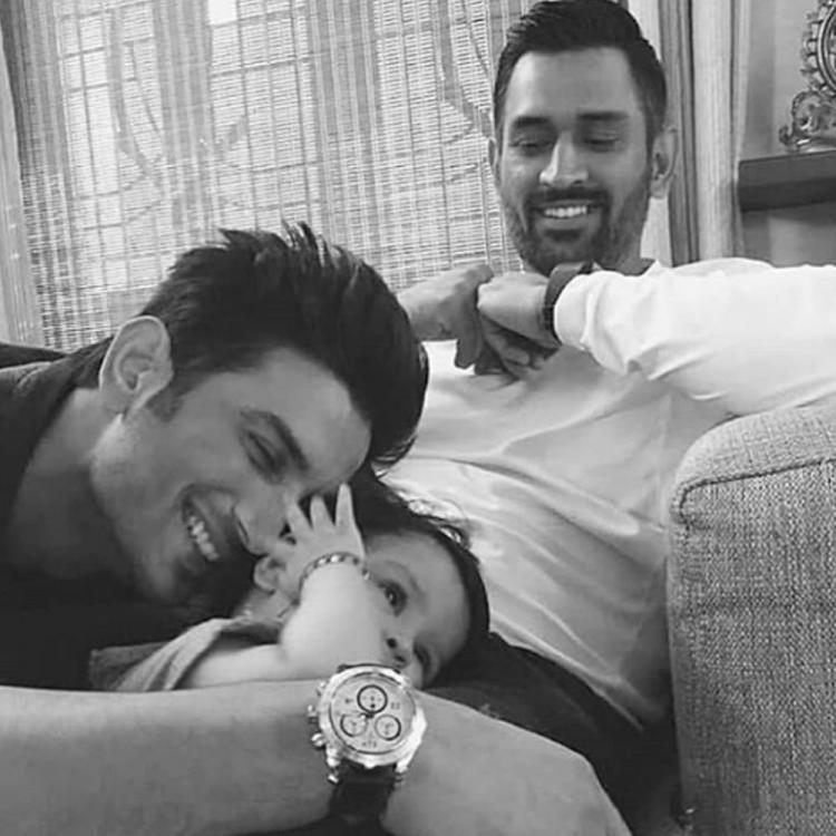 Sushant Singh Rajput playing with MS Dhoni's daughter Ziva in THIS throwback picture will leave you in tears