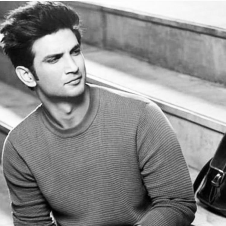 Sushant Singh Rajput transferred money to Showik Chakraborty; Actor wanted to shut his account this year?