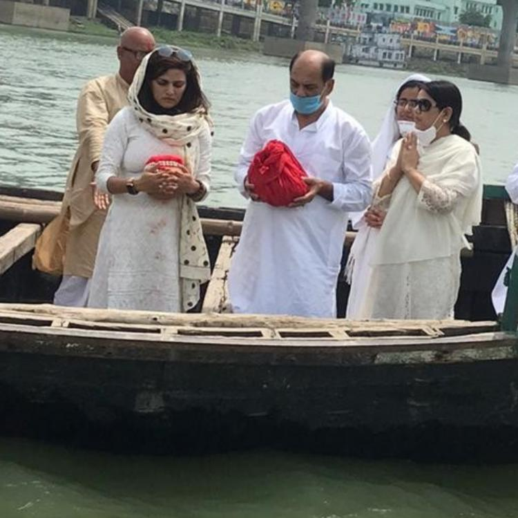PHOTOS: Sushant Singh Rajput's family immerse late actor's ashes ...