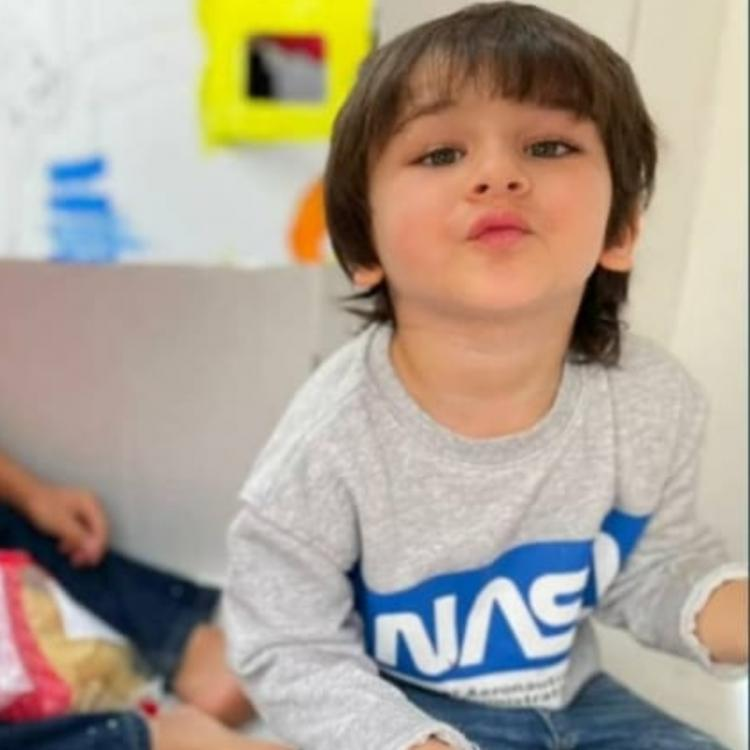 Taimur Ali Khan nails a pout like mom Kareena Kapoor Khan in a PHOTO with BFF and it is too cute to miss