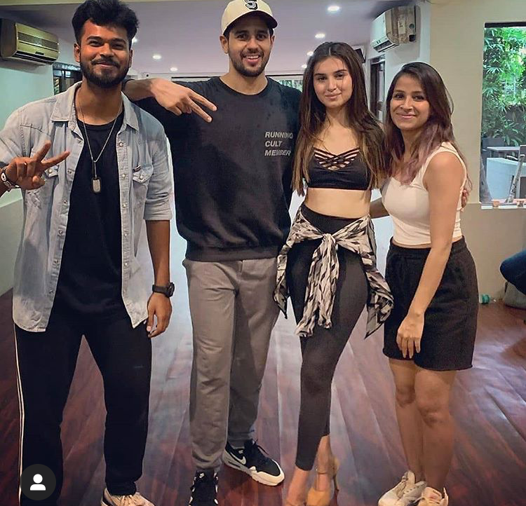 Tara Sutaria & Sidharth Malhotra's BTS PHOTO from Marjaavaan sets will make you wish to see them in a film again