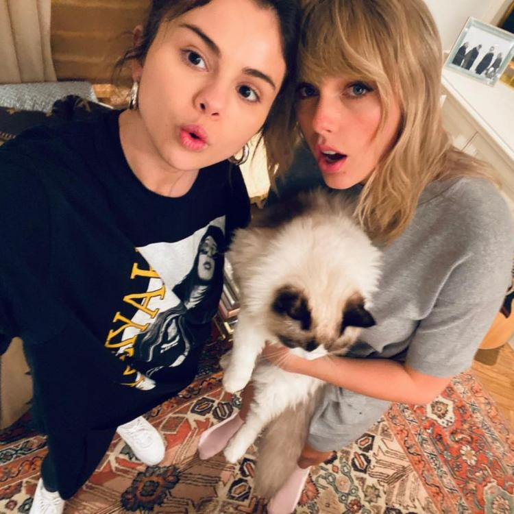 Selena Gomez & Taylor Swift's fans trend 'Taylena' as they suspect a collab after Rare singer shares photos.