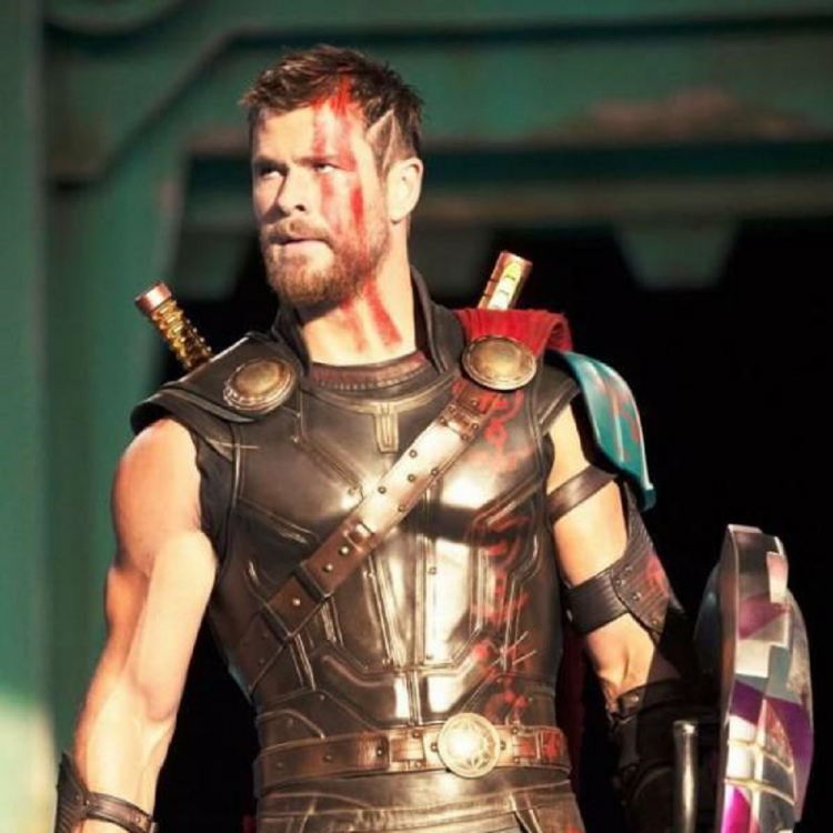 Chris Hemsworth aka Thor has renewed his contract with Marvel? Read on