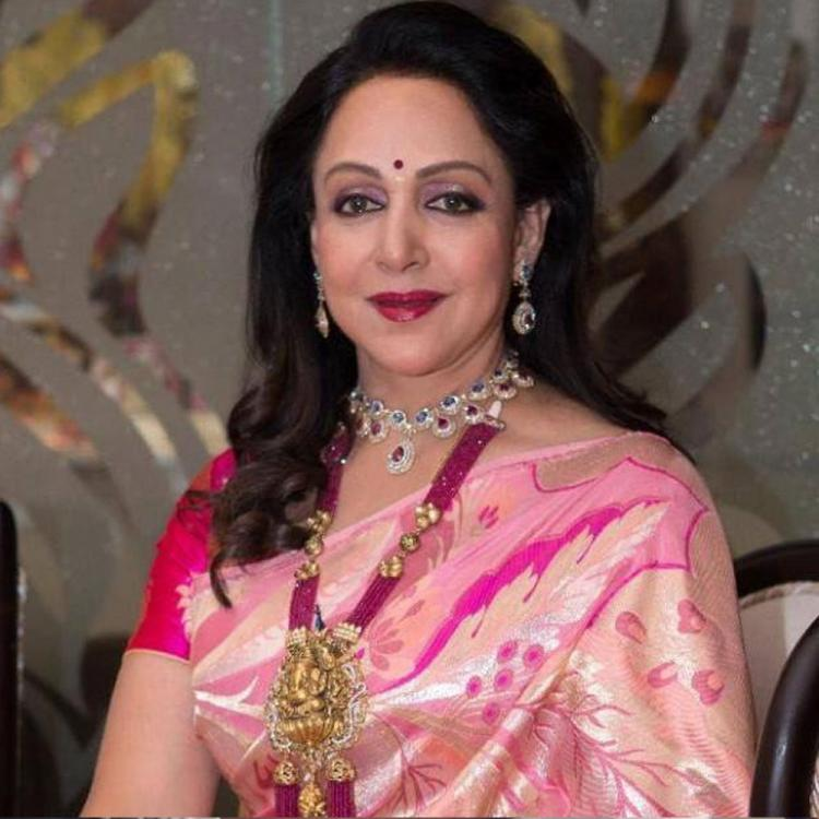 Throwback: Did you know Hema Malini rejected Raaj Kumar's marriage proposal during her initial years?