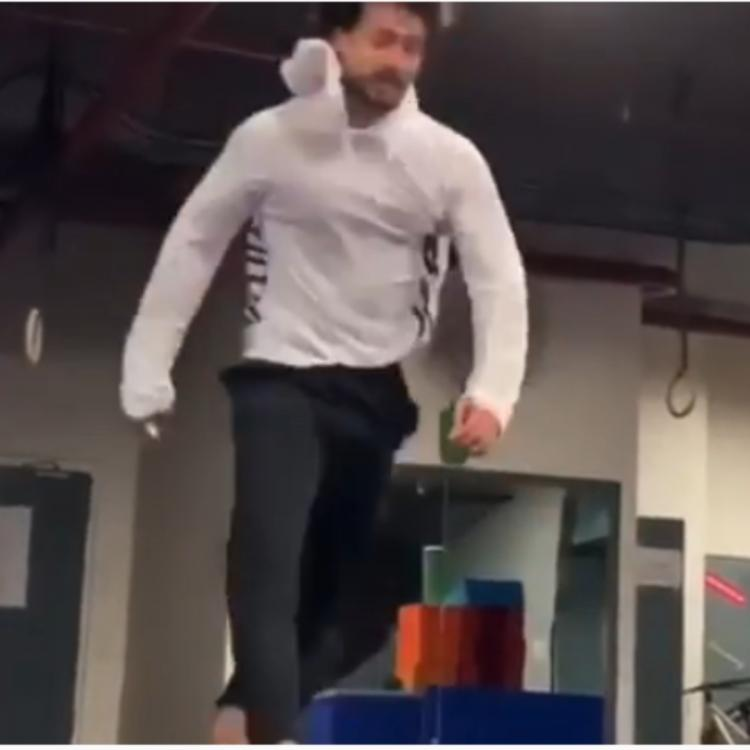 Tiger Shroff's video of doing air flips on song You are Unbelievable