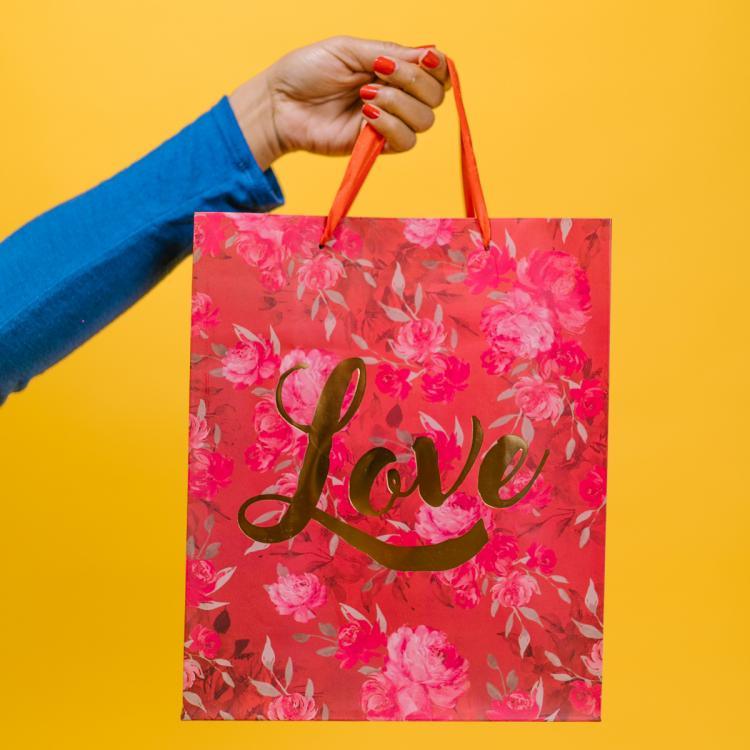 Tote bags for women: The must have accessory to carry the world around with you