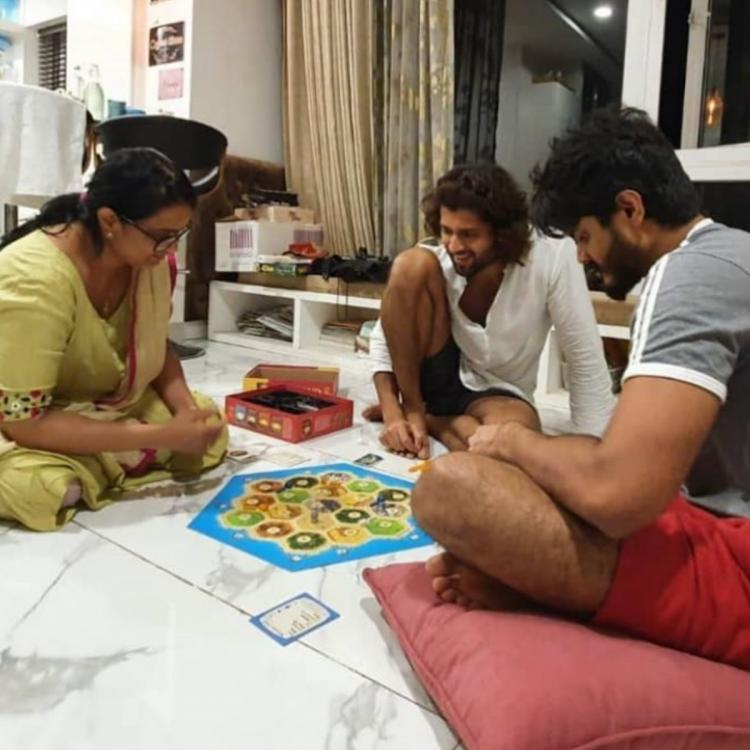 Vijay Deverakonda enjoys a game night with brother Anand and mother amid the Coronavirus lockdown