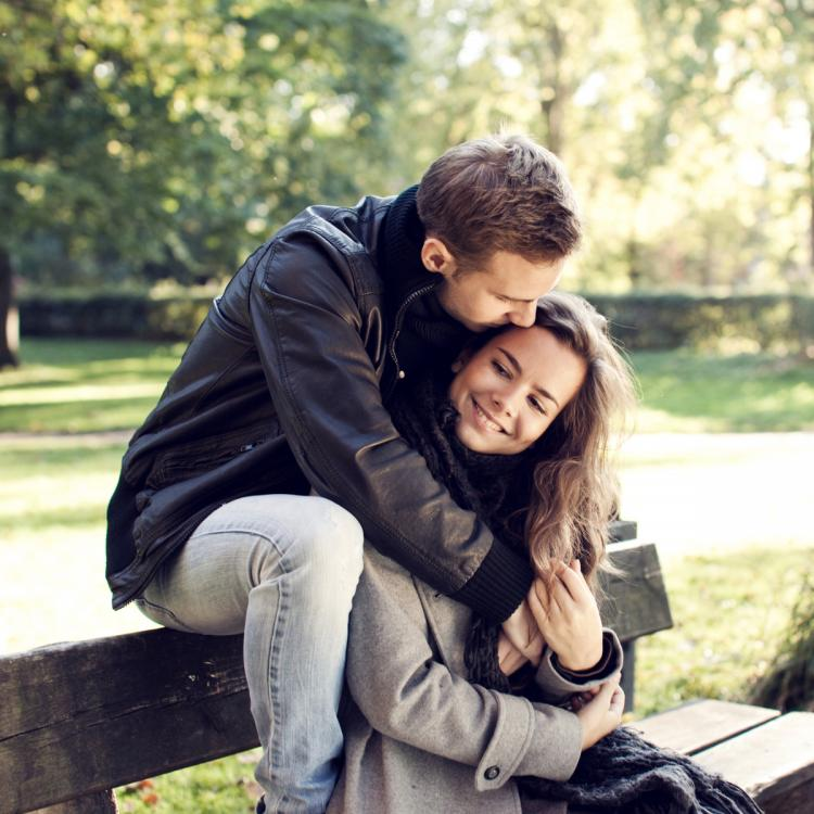build intimacy in relationship,relationship tips,emotional attachment