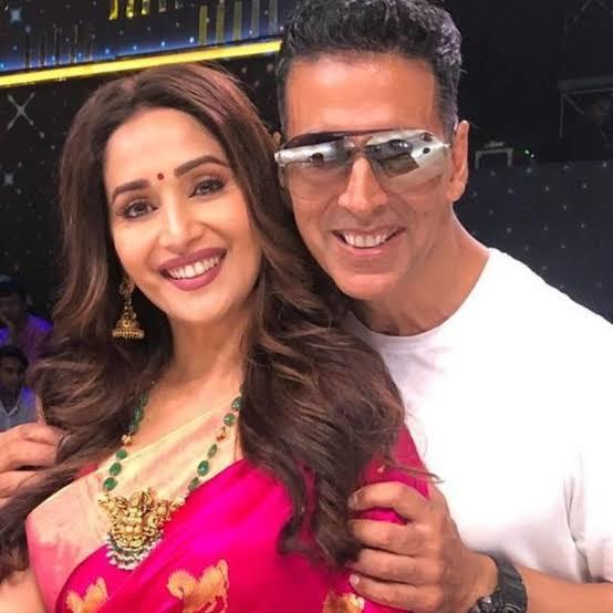 When Madhuri Dixit revealed Akshay Kumar used to steal watches from people without them knowing