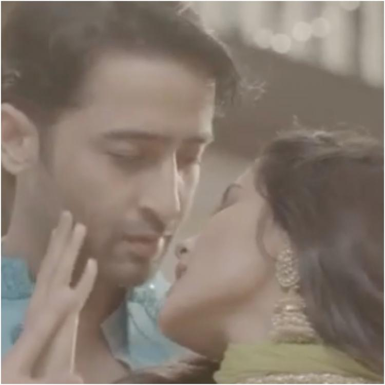 Yeh Rishtey Hain Pyaar Ke PROMO: Romance is in the air for Mishti & Abir; fans can't stop raving about MishBir