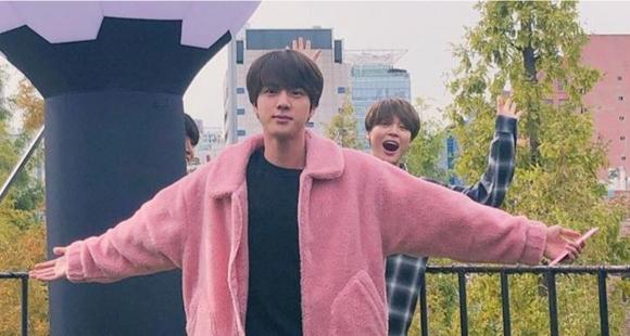 6 Unmissable Photos Of Worldwide Handsome Jin Getting Photobombed By Bts Bandmates Which Will Make You Rofl