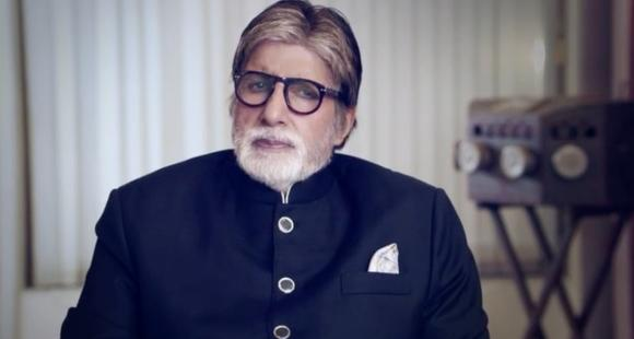 Ajay Devgn shares a video of Amitabh Bachchan and urges everyone to support the COVID 19 survivors; WATCH