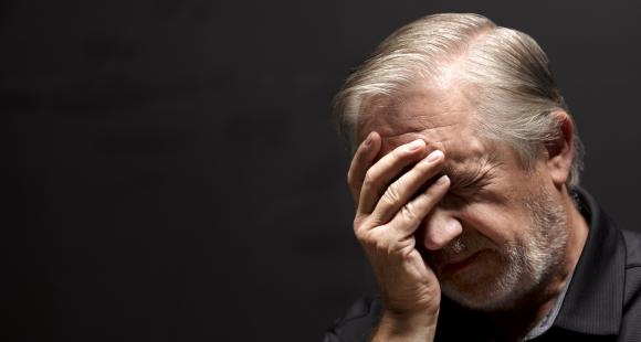 Alzheimer's Disease: Here are some early signs of this brain disease