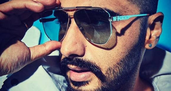 Arjun Kapoor flaunts a pair of sunnies and ear piercing in his latest selfie; Check it out