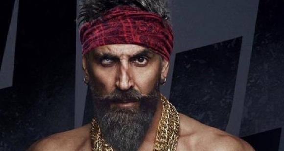 Bachchan Pandey Fans Hail Akshay Kumar As The King Of