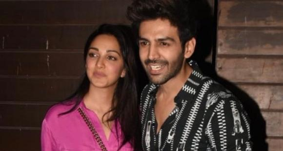 PHOTOS: Kartik Aaryan & Kiara Advani make heads turn as they arrive for a Bhool Bhulaiyaa 2 get together