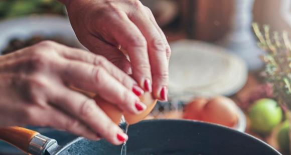 Are you an eggetarian? Here's the healthiest way of cooking and eating eggs