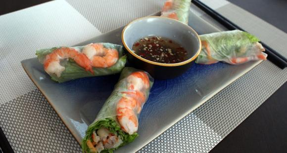 From Pho to Banh Xeo: 5 Mouthwatering Vietnamese dishes every food lover must try once