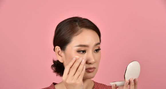 Oily skin: 3 EVERYDAY habits that cause oily skin to turn oilier