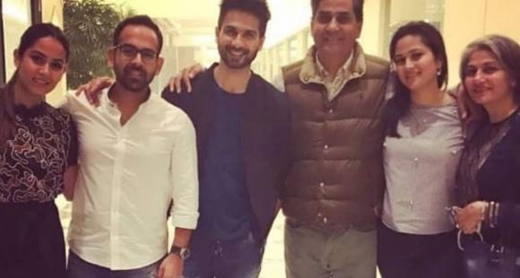 Mira Rajput treats fans with picture perfect UNSEEN glimpses of Shahid Kapoor with her family; Take a look - PINKVILLA