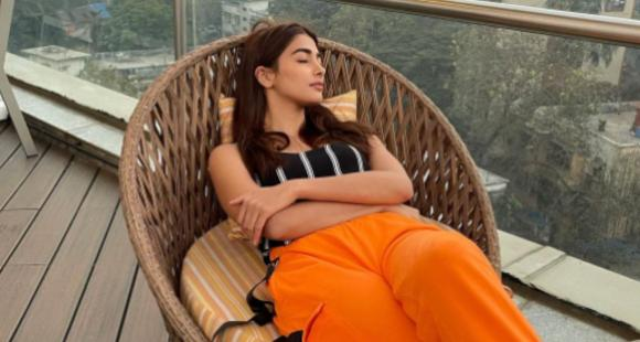 Pooja Hegde takes time off her busy schedule as she takes a quick afternoon nap; See PHOTO - PINKVILLA