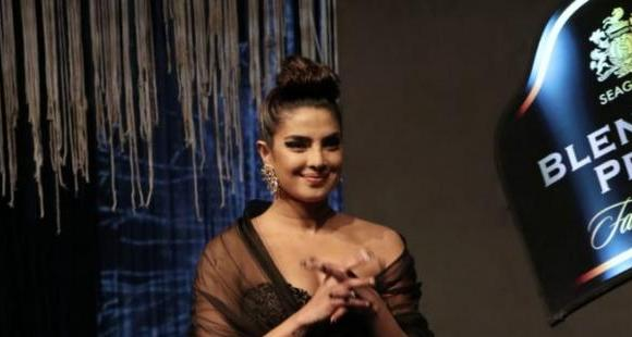 Priyanka Chopra pays fitting tribute to late Goa designer Wendell Rodricks at fashion show; Watch Video
