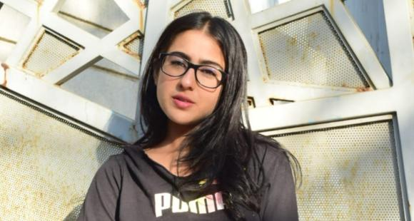 Sara Ali Khan's conversation with the paparazzi proves once again how she is all for humility; watch VIDEO