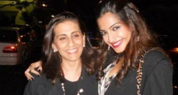Sonam Kapoor sends birthday wishes to mom Sunita amid quarantine period hoping to see her soon
