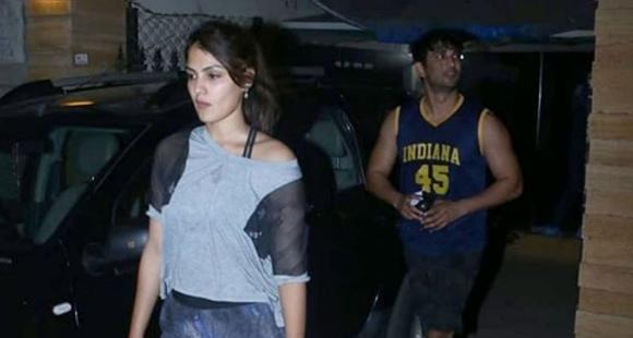 Sushant Singh Rajput's last pic with rumoured girlfriend Rhea ...