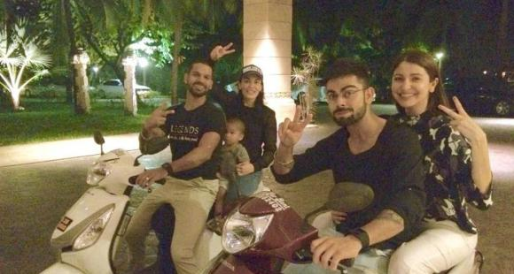 Anushka Sharma and Virat Kohli's throwback photo on a scooty is the cutest thing you'll see today; Check Out thumbnail