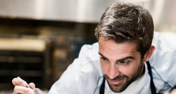 4 Zodiac signs who are born chefs and prepare delicious foods to impress guests