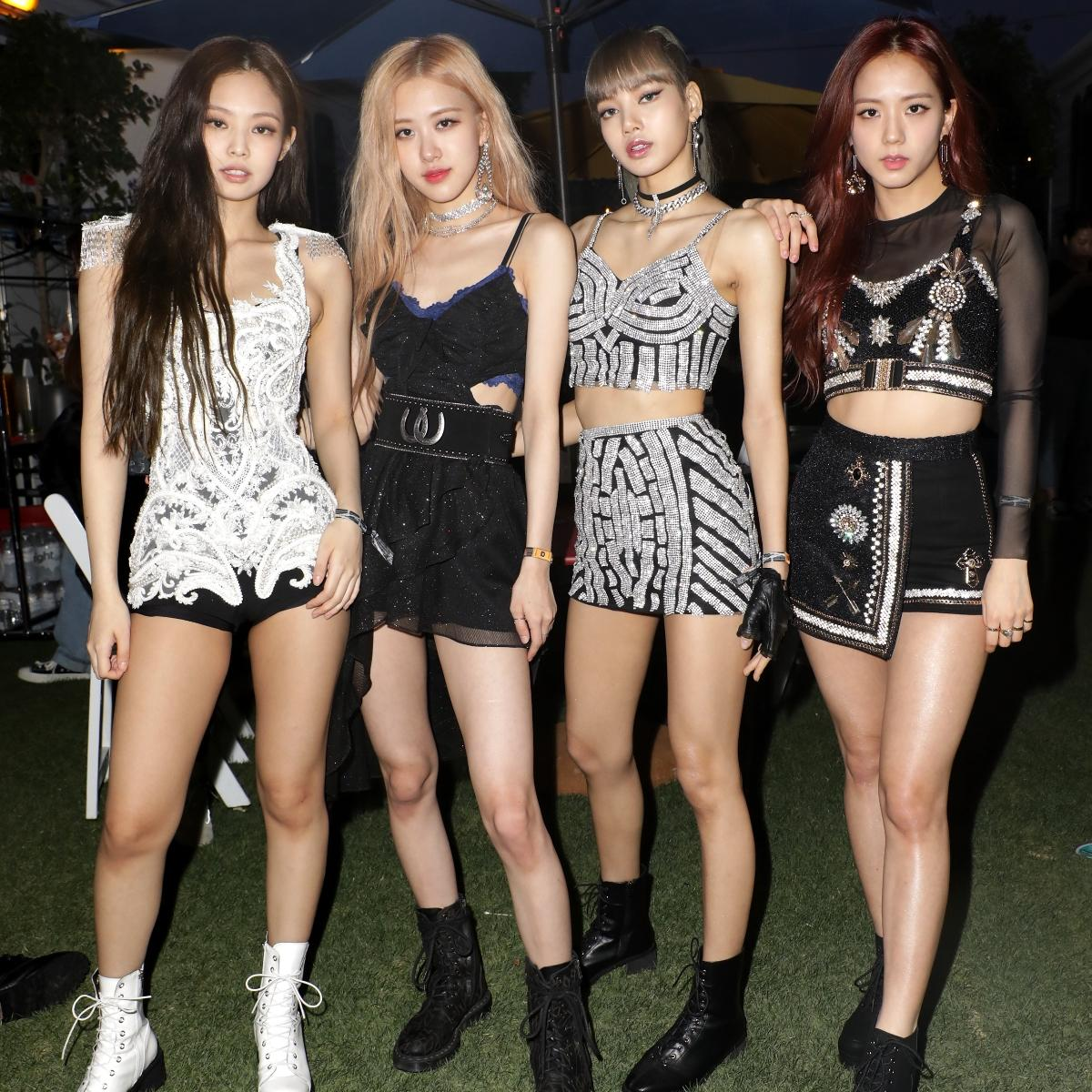 Blackpink Lisa Or Jennie Or Jisoo Or Rose Which Member Is Your Style Twin Comment Now