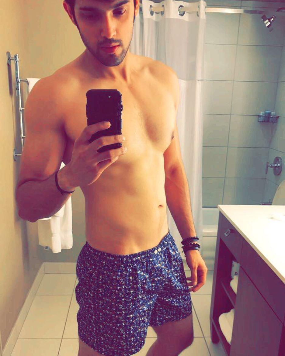 Parth Samthaan's shirtless pictures will make it hard for you to take your eyes off him; Check it out