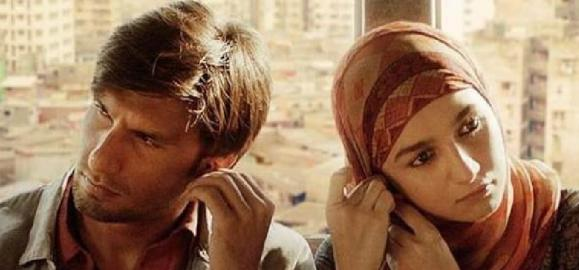 Gully Boy Movie Review LIVE UPDATES: Ranveer Singh & Alia Bhatt starrer gets a thumbs up from masses & celebs