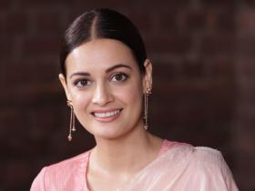 Dia Mirza,Exclusives