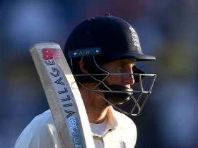 Ashes 2019 3rd Test Day 3 Live score: Resilient England need 203 more for miracle win after Root, Denly 50s